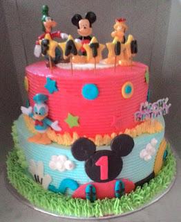 cake tema mickey mouse
