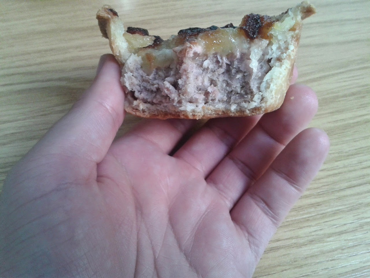 Robinsons Bakery Apple Topped Pork Pie Review