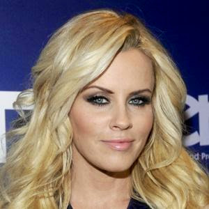 Jenny McCarthy Follows Geno's World On Twitter