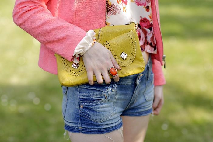 statement ring, orange, SIX, velký prsten, žlutá kabelka
