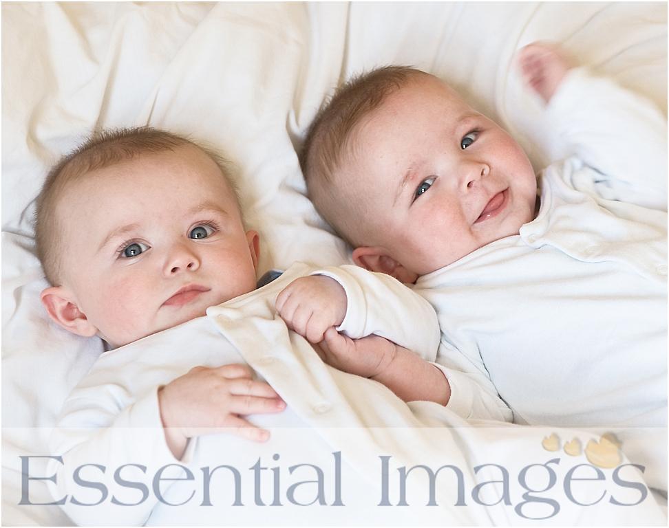 Cute Baby's & Smart Kids.: Twin Babies
