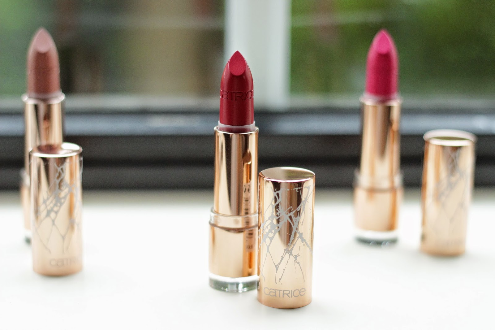 catrice metallure alluring red lipstick review swatches