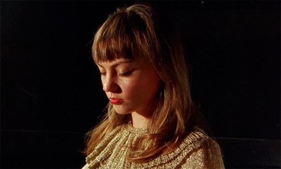Angel Olsen - Hi-Five