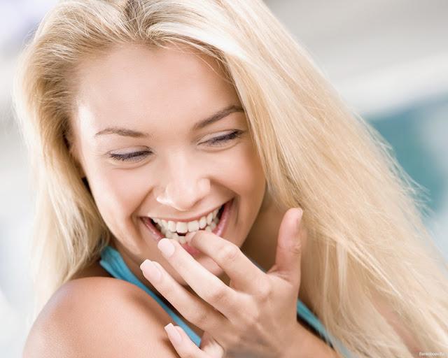 Инновация  отбеливание зубов  прямо дома, без посещения стоматолога