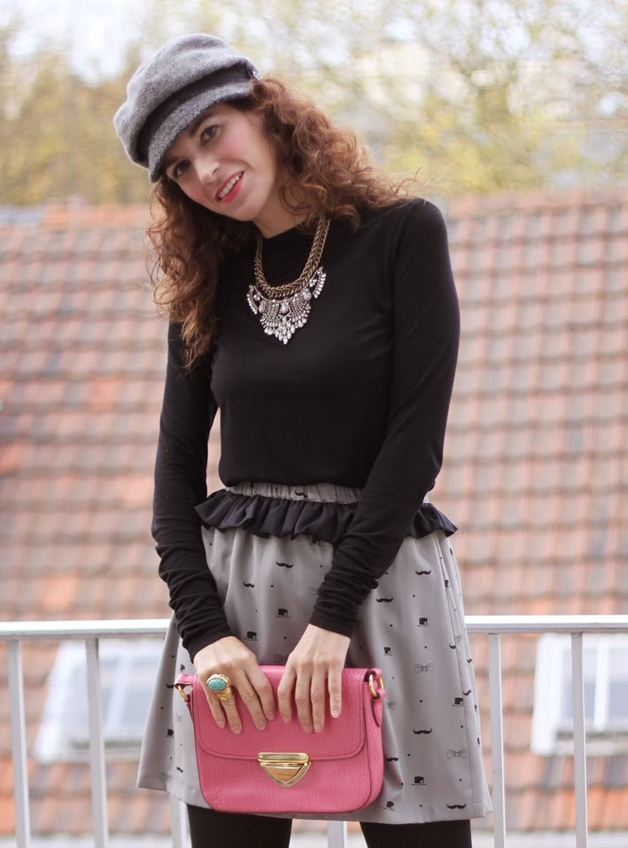 http://www.inlovewith-fashion.com/2013/11/little-mustache-skirt.html