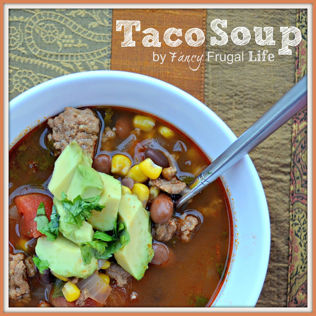 Easy delicious ground turkey taco soup recipe for Easy tasty soup recipes