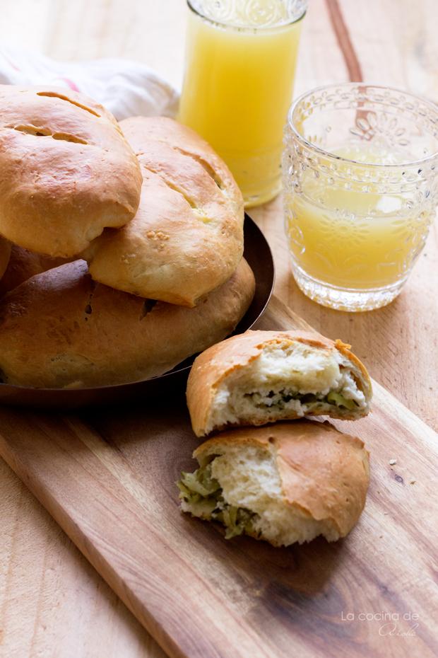 zucchini-goat-cheese-stuffed-bread-breadbakers