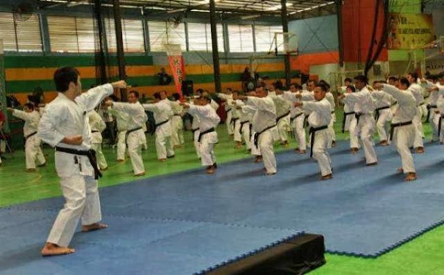 200 Karateka Shotokan TNI Berlatih Bersama Master Karateka Jepang