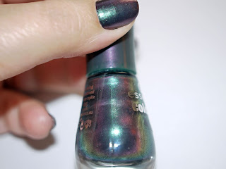 Esmalte Chic reloaded Essence