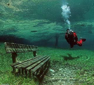Taman bawah air