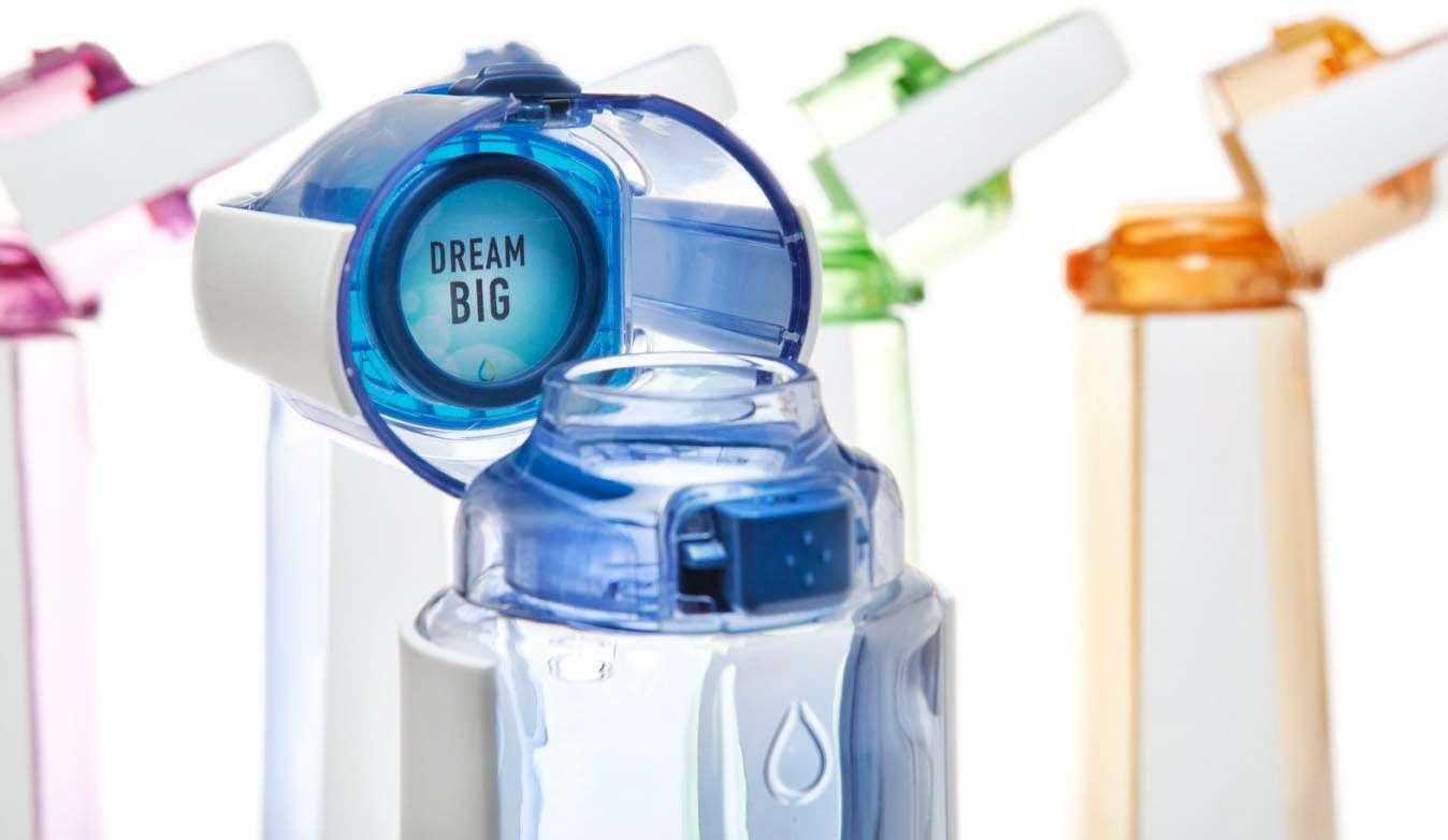 Didesain pada tutup botol KOR ONE dan KOR Delta adalah tempat untuk