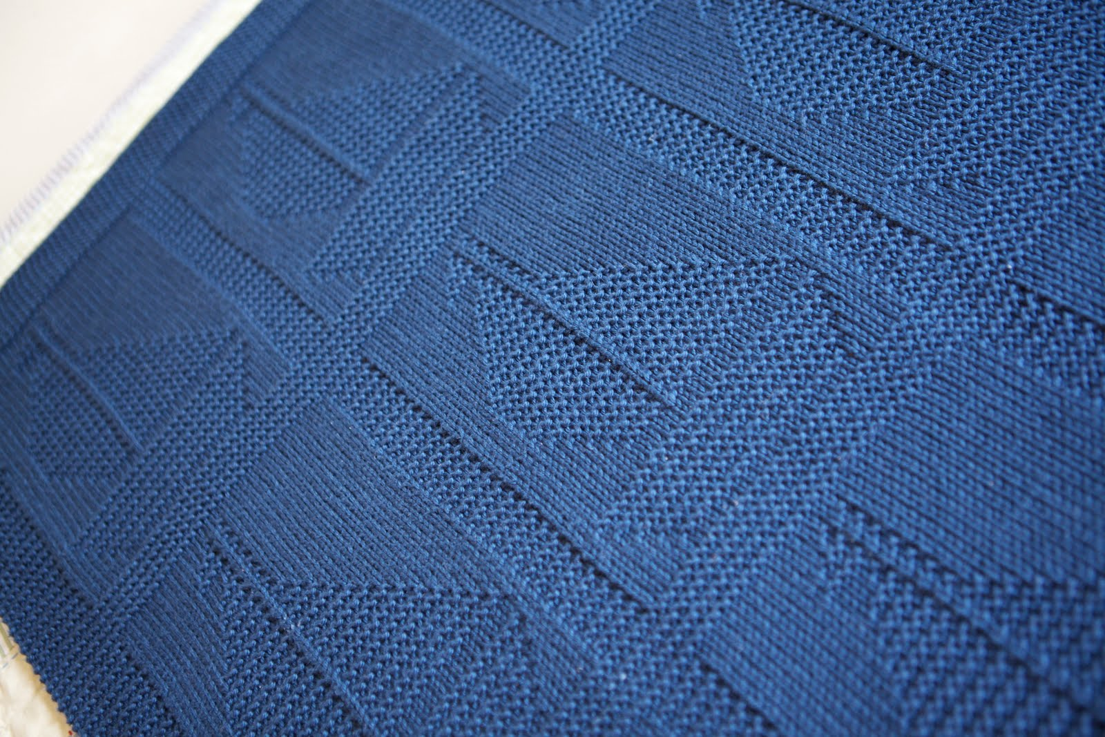 Posh Knits: F.O.: Sail Away Blanket
