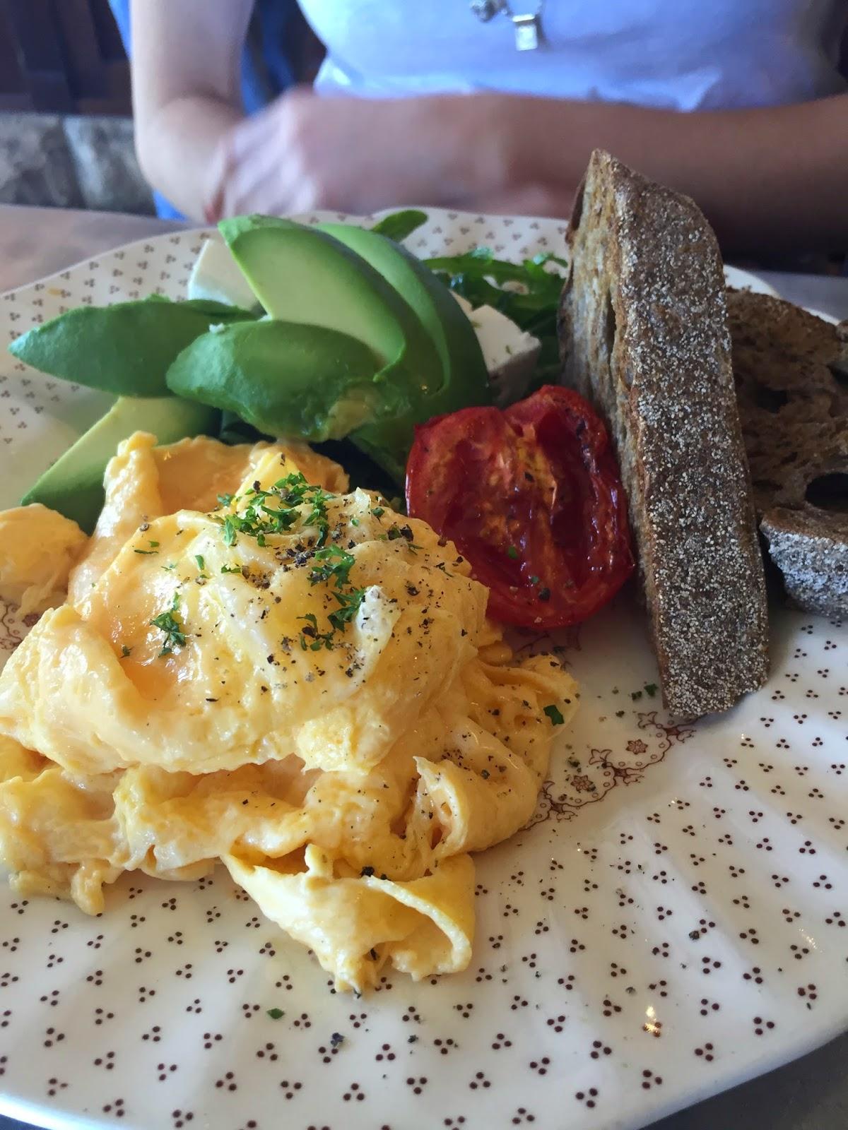 Cassie Cakes Sydney Review Revolver Avo Eggs Brisbane Blog Food