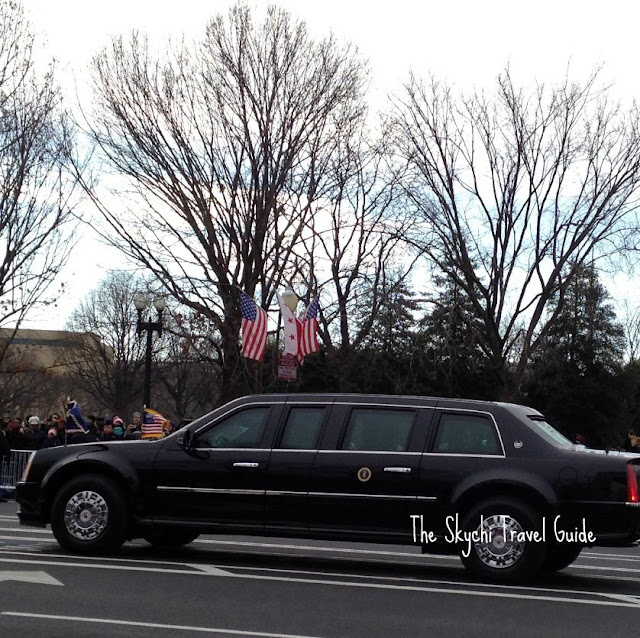 "<img src=""image.gif"" alt=""This is 57th Presidential Inauguration Parade Limo"" />"