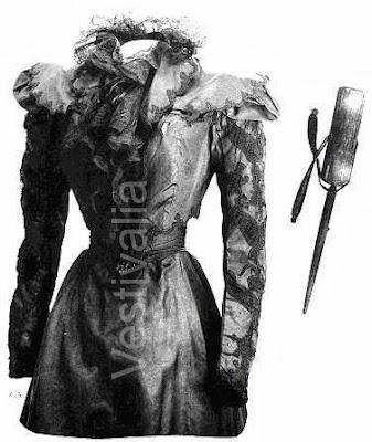 Su último vestido y el estilete, sobreimpreso, que Luigi Luchenni utilizó para matarla. Lacasamundo.com
