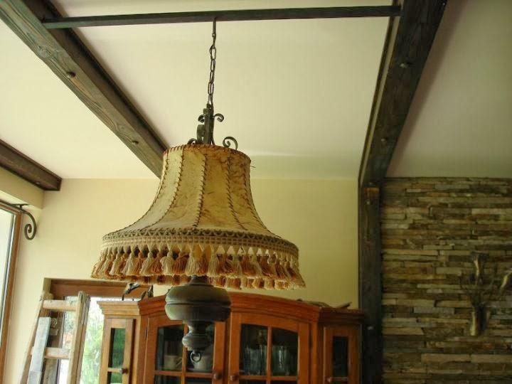 Декорация от дървени греди
