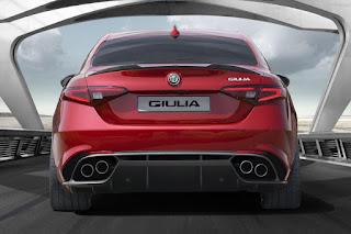 Alfa Romeo Giulia Quadrifoglio (2016) Rear