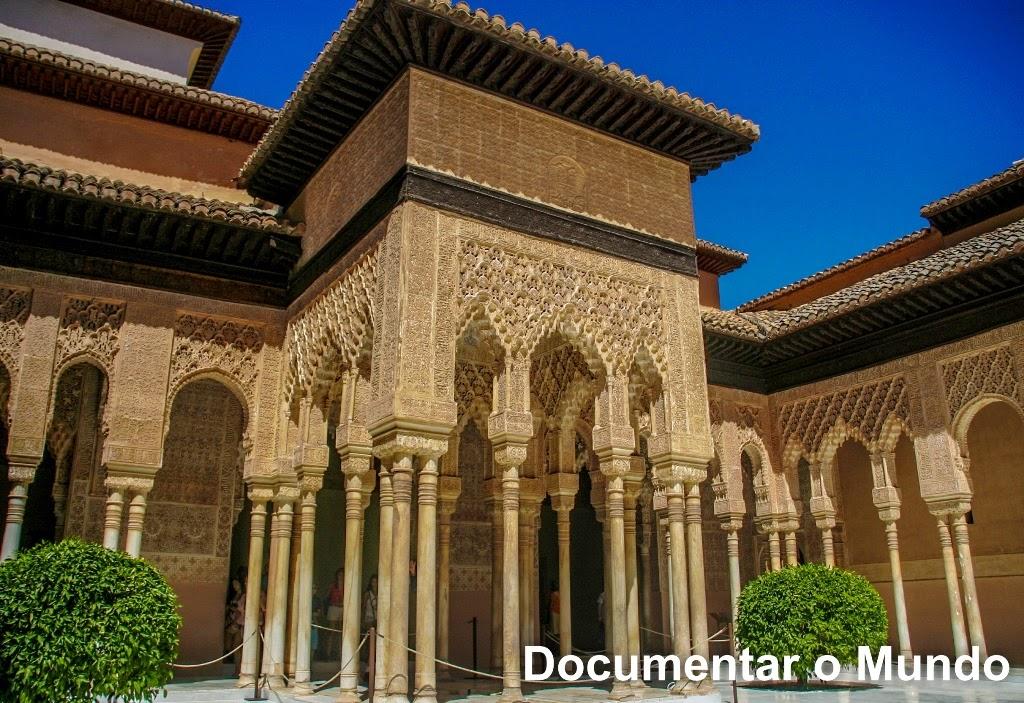 Conjunto Monumental de Alhambra; Granada; Espanha; Andaluzia; Palácios de Espanha; Vestígios Muçulmanos em Espanha; Atrações Turísticas Mais Visitadas em Espanha