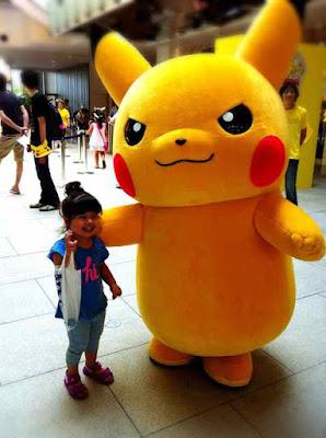 Giant Pikachu Yokohama Minatomirai Japan