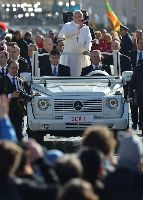 mercedes G class pope Francis car