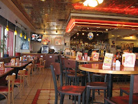 Red Robin typicall interior dining room