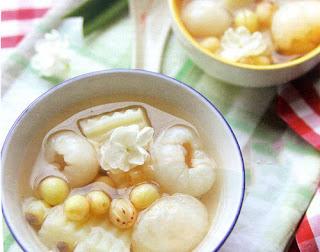 Chè trái vải hạt sen ngọt thanh mùa hè