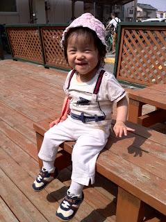 お兄ちゃんの保育参観で幼稚園に来ています