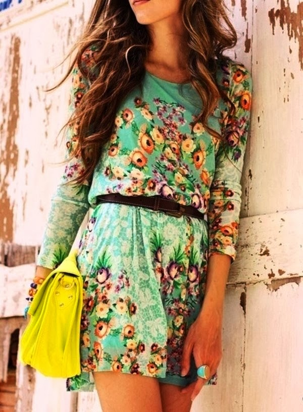 Amazing Floral and Colorful Print Belted Dress with Yellow Handbag
