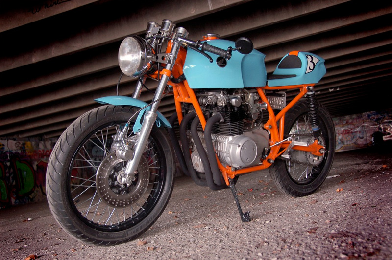 HONDA CB550