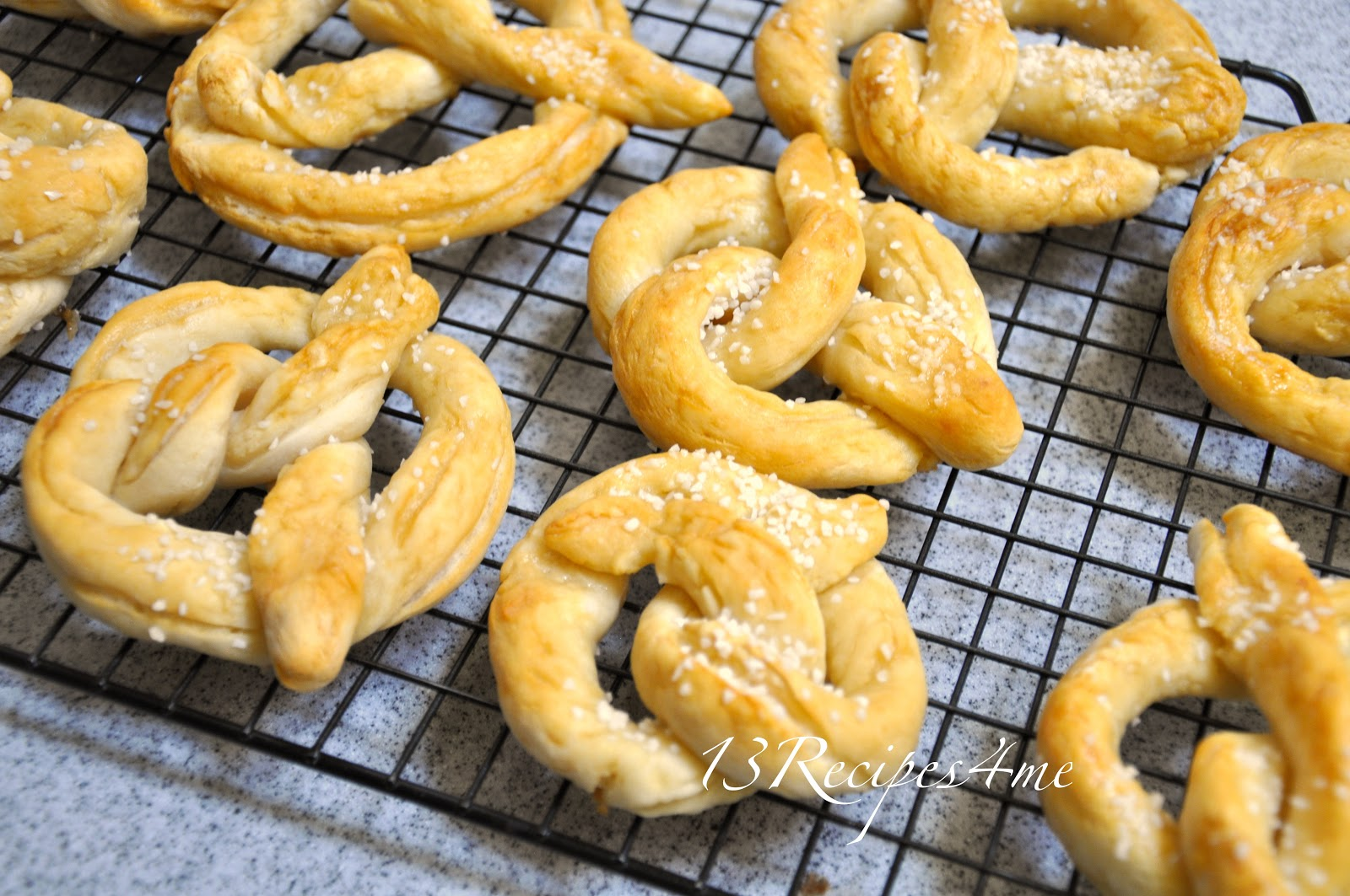 Recipes4Me: Gluten Free Soft Pretzels