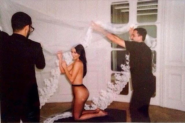 Kim Kardashian en topless