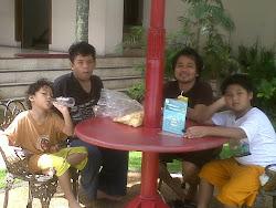 Liburan Bersama Ponakan