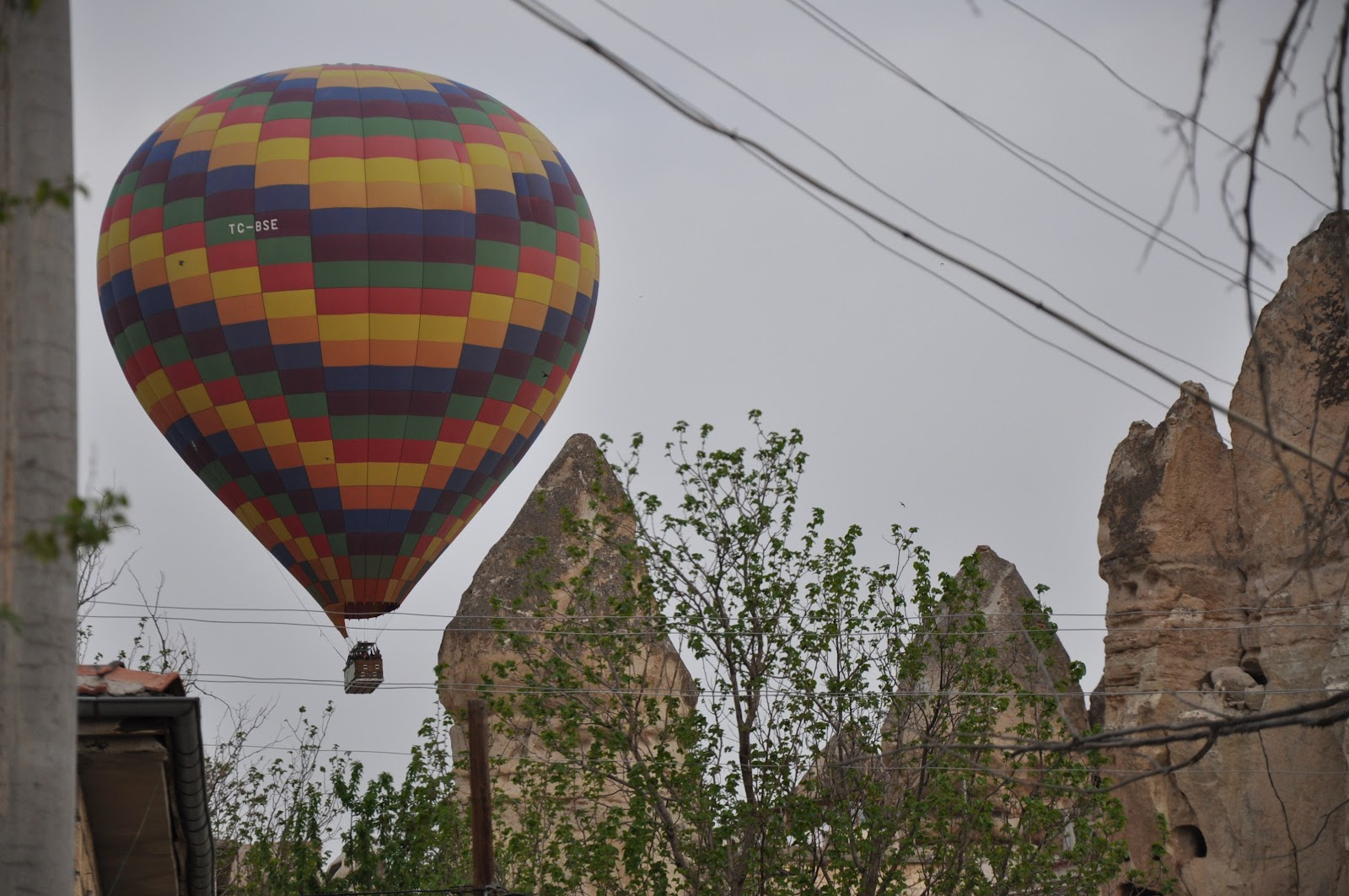http://www.theressomuchtosee.com/2012/05/advice-on-visiting-cappadocia.html
