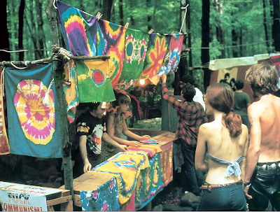Rock 1on1 - Woodstock 1969 Hippies.png