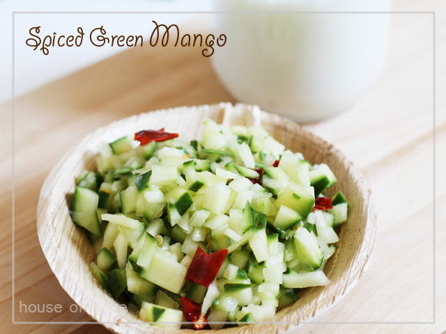 how to serve green mango with spice
