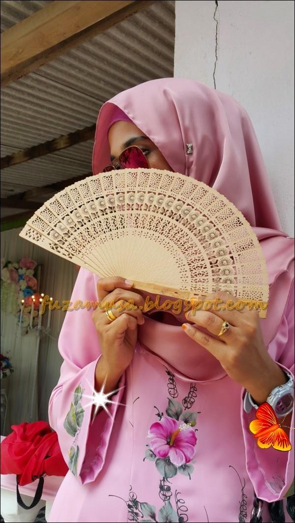 http://fuzamusa.blogspot.com/2014/09/pre-order-kain-sulam-batik-lukis-semi.html