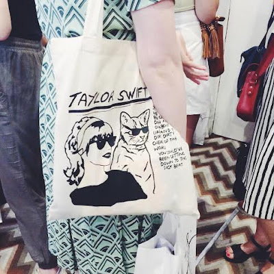 bloggers market august 2015 hoxton hotel london holborn the apartment taylor swift canvas tote