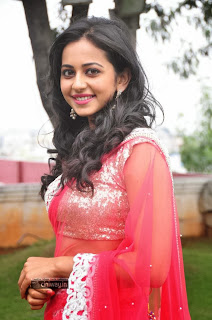 Rakul-Preet-Singh-Stills-at-Venkatadri-Express-Audio-Launch