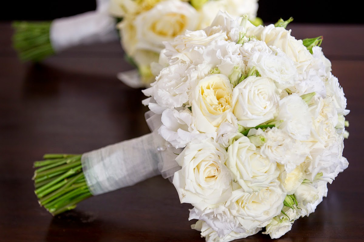 Spring And Summer Wedding White Flowers Bouquets