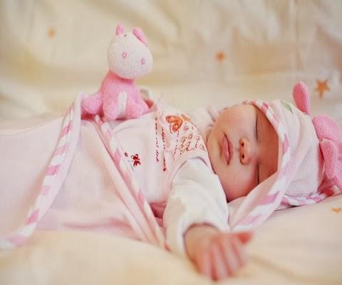 Image bébé fond d'écran