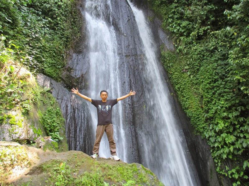 Tempat Wisata Air Terjun Dusun Kuning