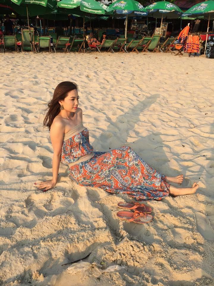 http://khmeren.blogspot.com/2015/04/khmer-stars-reviewkhmer-stars-news-khme.html