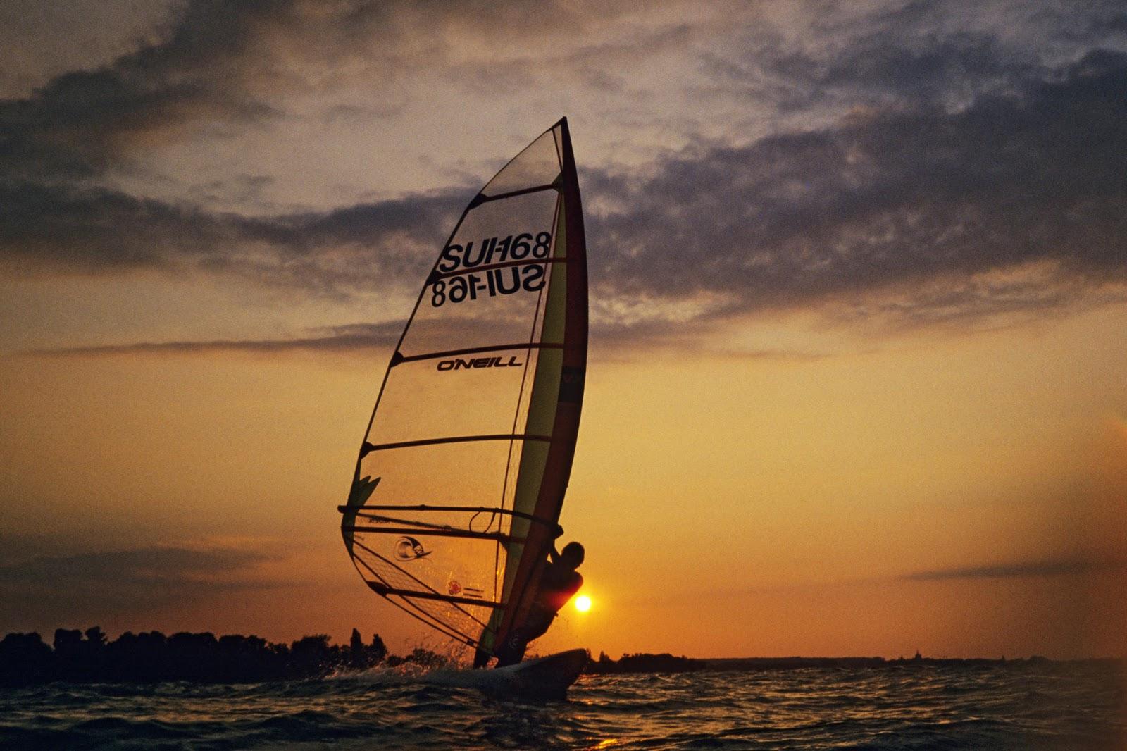 http://3.bp.blogspot.com/-4fRB6lzdeAA/Tsso11ptU1I/AAAAAAAAANc/mlTTRzqFr6I/s1600/windsurfing-switzerland-wallpaper-tab.jpg