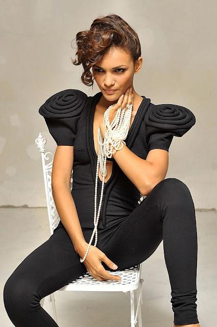 Karina Pinilla Corro -  Miss Supranational 2010