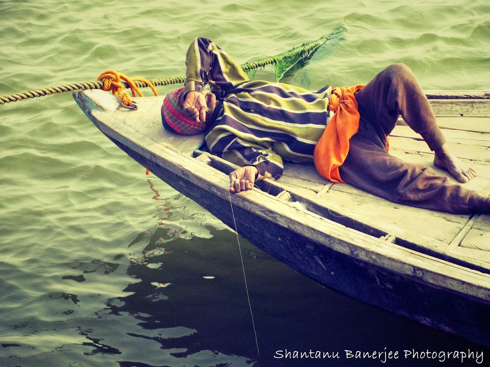 спящий рыбак