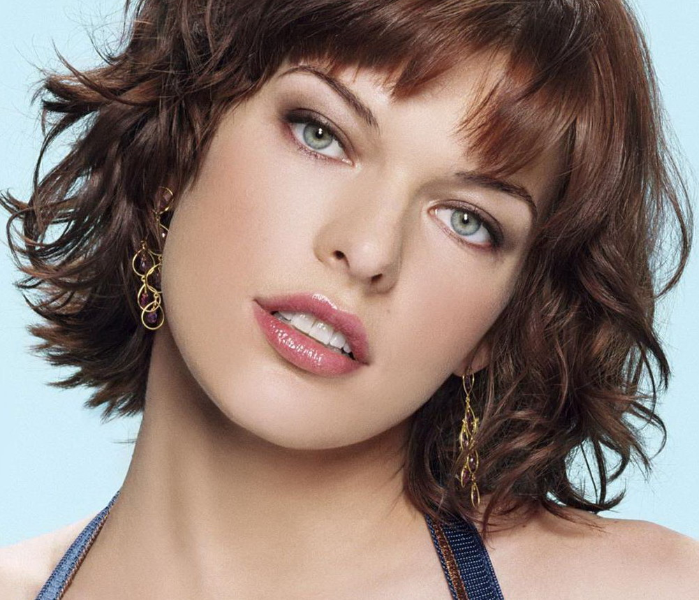 Celeb Fake Milla Jovovich Spreading Legs Showing Ass And Pussy Nude
