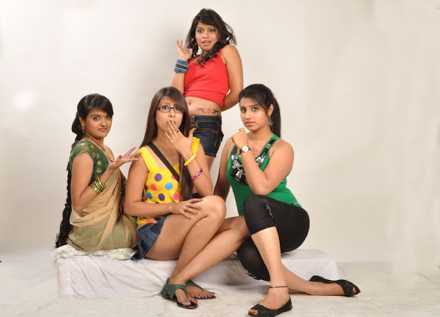 masti movie masti movie cute stills
