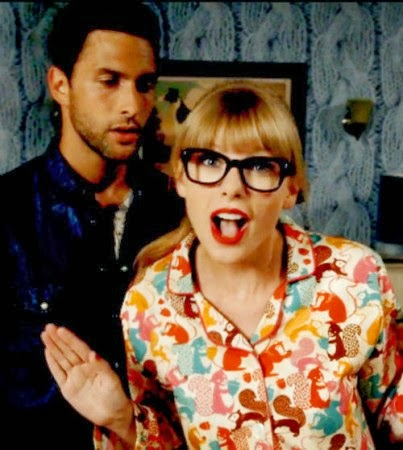 Taylor Swift randommusings.filminspector.com