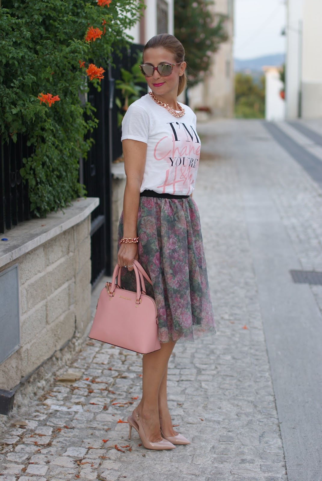 Walktrendy tulle skirt for a pink romantic outfit on Fashion and Cookies fashion blog