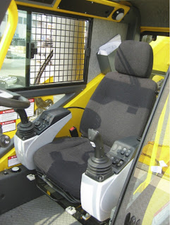 Operator's seat with ICOS contros